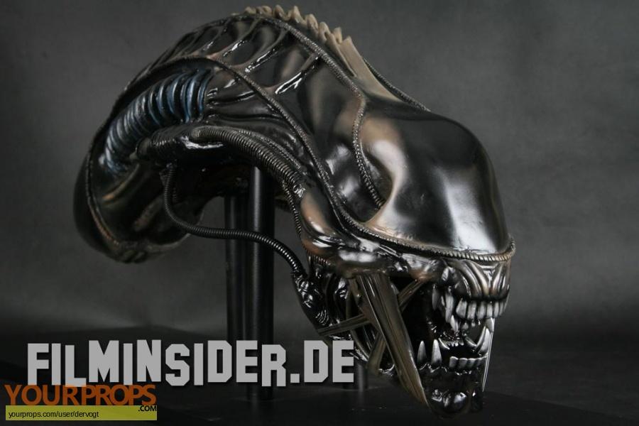 Aliens replica movie prop