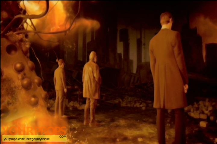 Doctor Who original set dressing   pieces