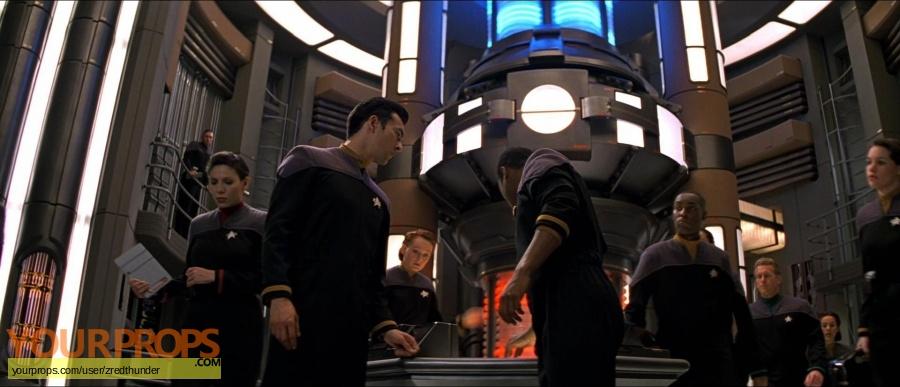 Star Trek  First Contact original set dressing   pieces