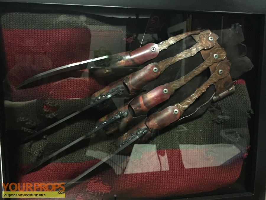 A Nightmare On Elm Street Master Replicas movie prop