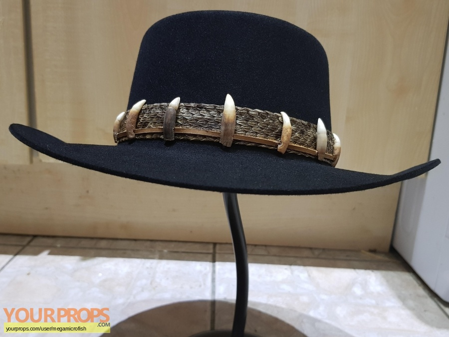 Crocodile Dundee replica movie costume