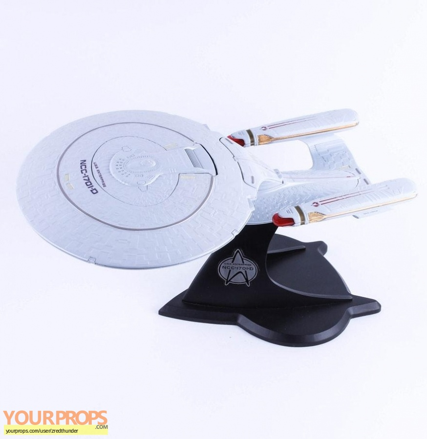 Star Trek  The Next Generation replica model   miniature