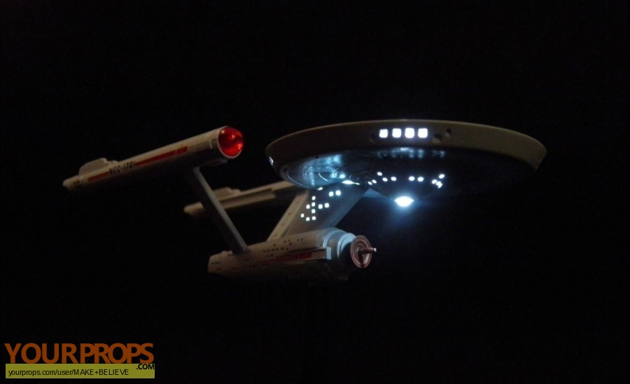 Star Trek replica model   miniature