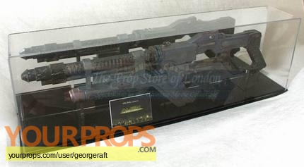 Alien Resurrection original movie prop weapon