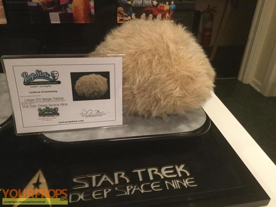 Star Trek  Deep Space Nine  (1993-1999) original movie prop