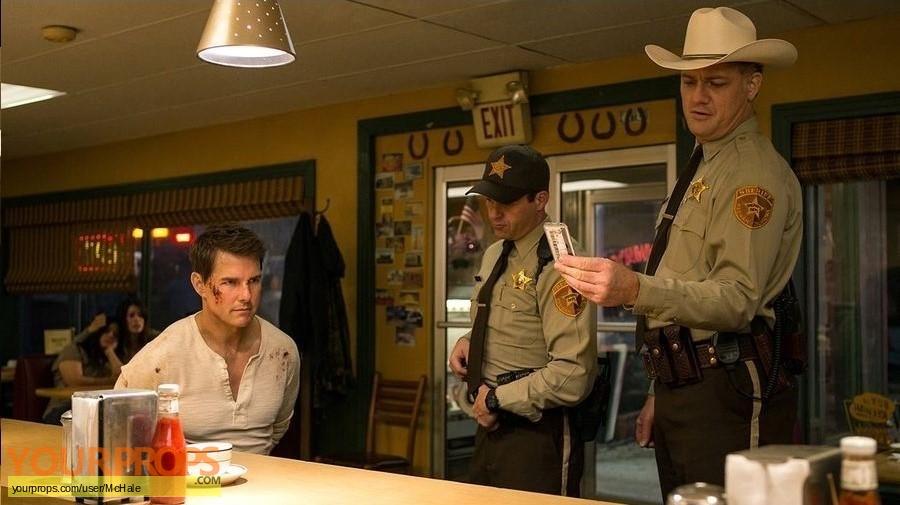 Jack Reacher  Never Go Back original movie prop