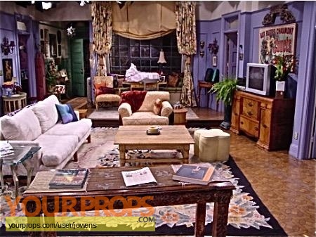 Friends original set dressing   pieces