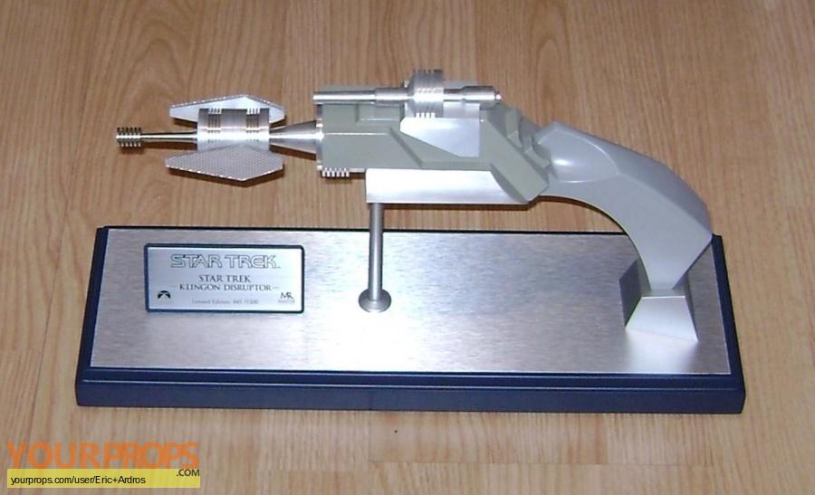 Star Trek The Original Series Master Replicas movie prop weapon