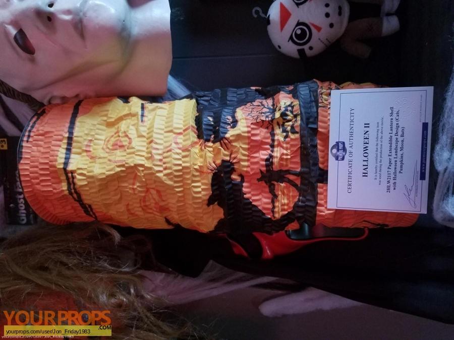 Halloween 2 (Rob Zombies) original set dressing   pieces