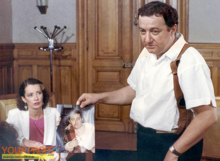 Inspecteur La Bavure original movie prop