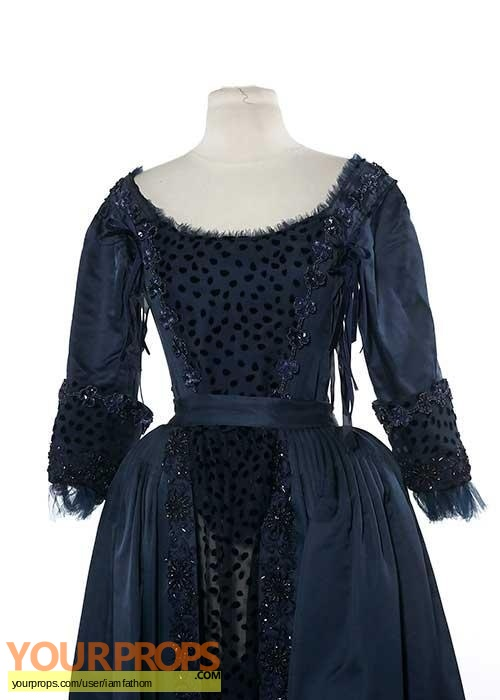 Salem original movie costume