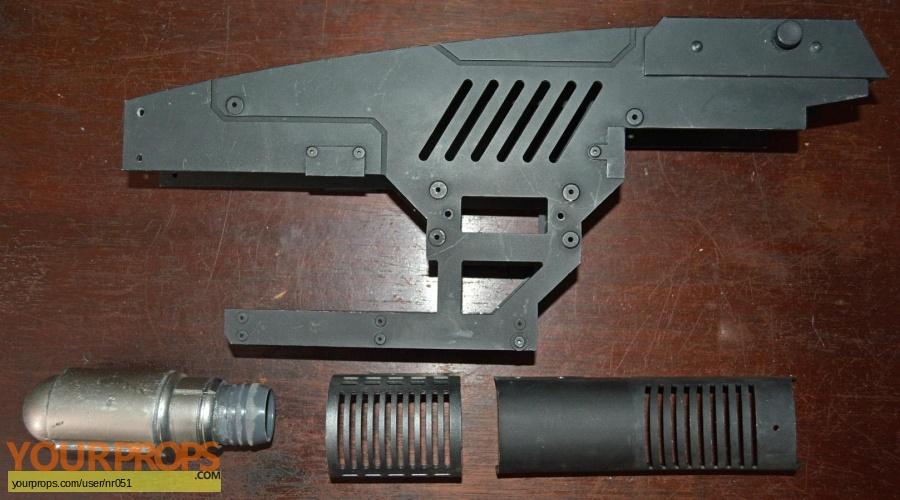 Underworld  Awakening original movie prop weapon