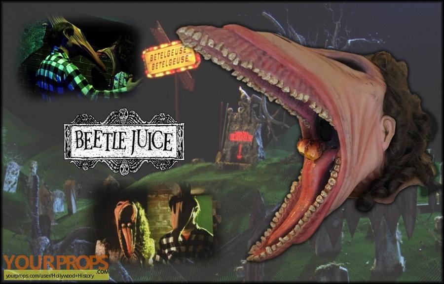 Beetlejuice original movie costume