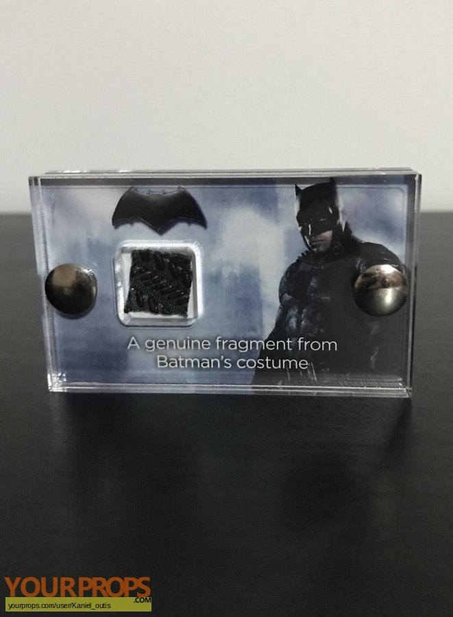 Batman v Superman  Dawn of Justice swatch   fragment movie costume