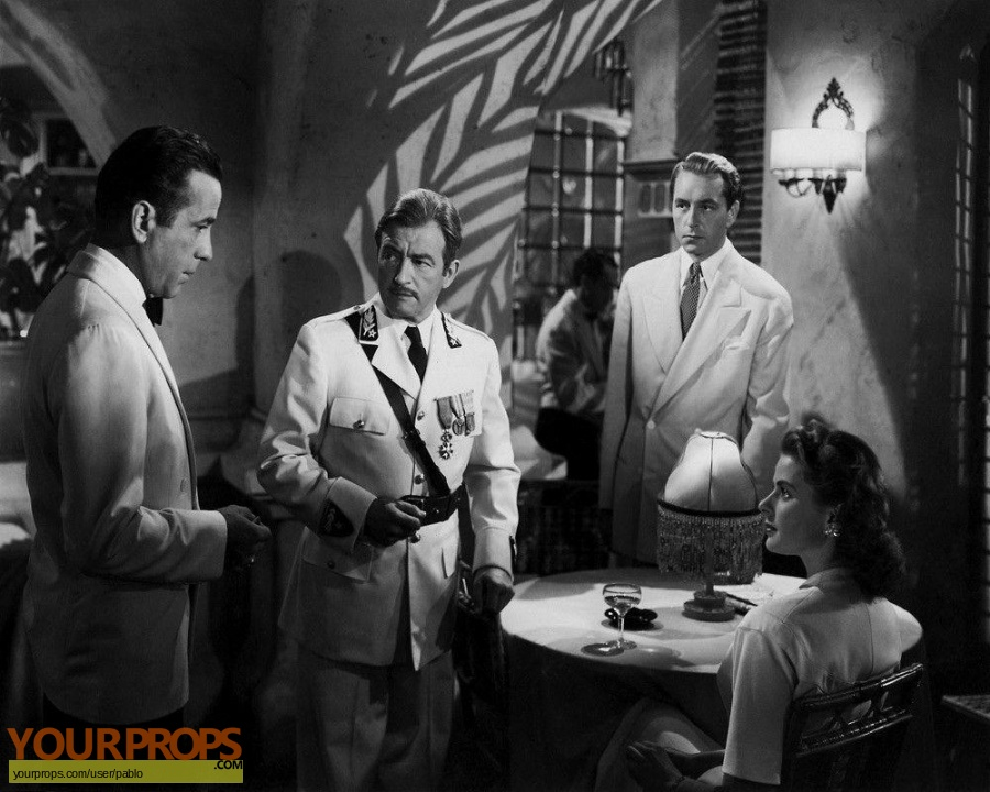 Casablanca original set dressing   pieces
