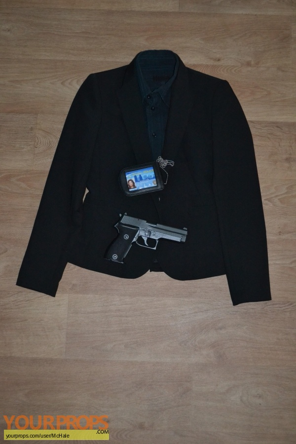 Point Blank replica movie prop