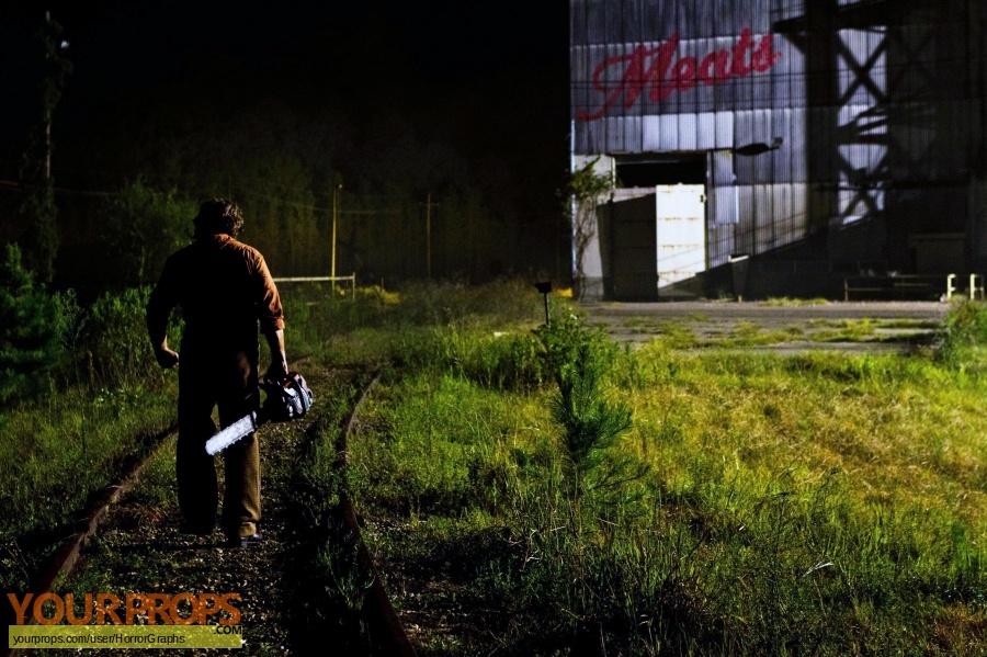 Texas Chainsaw Massacre 3D original set dressing   pieces