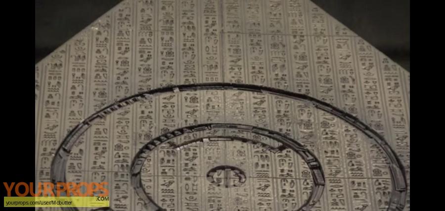 Stargate original model   miniature