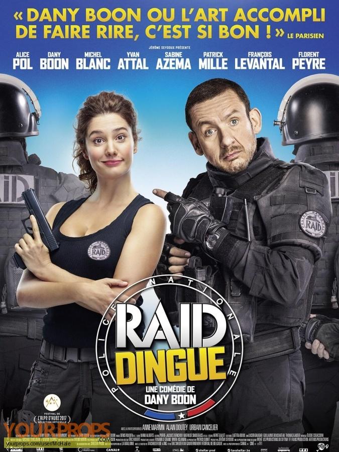 RAID Dingue original movie prop