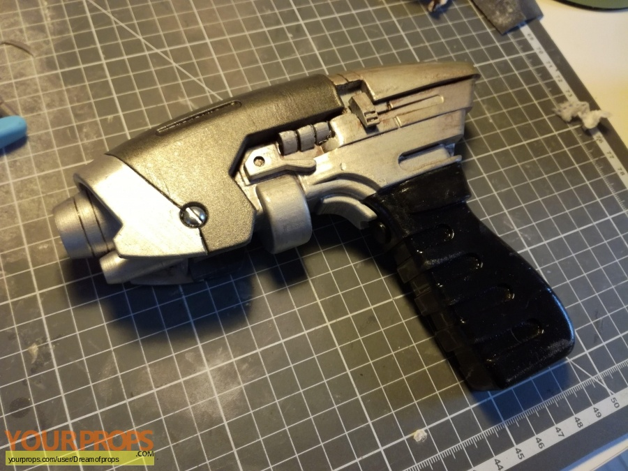 Star Trek Enterprise made from scratch movie prop weapon