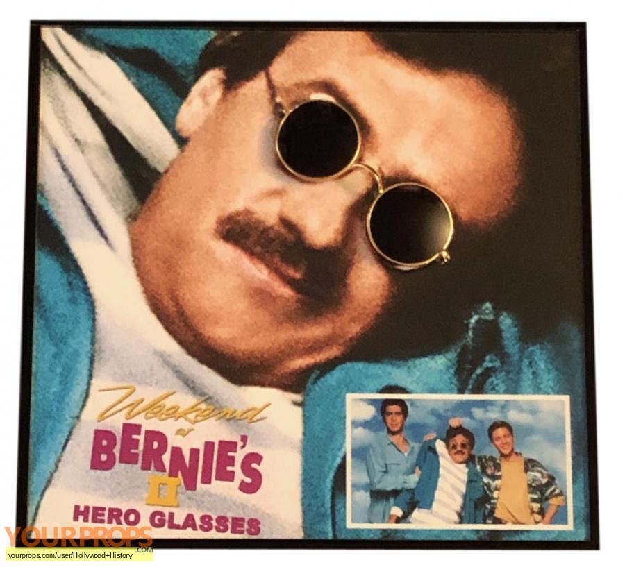 Weekend at Bernies II original movie costume