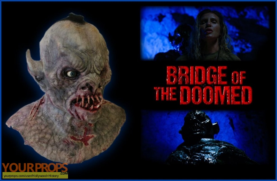 Bridge of the Doomed original movie costume