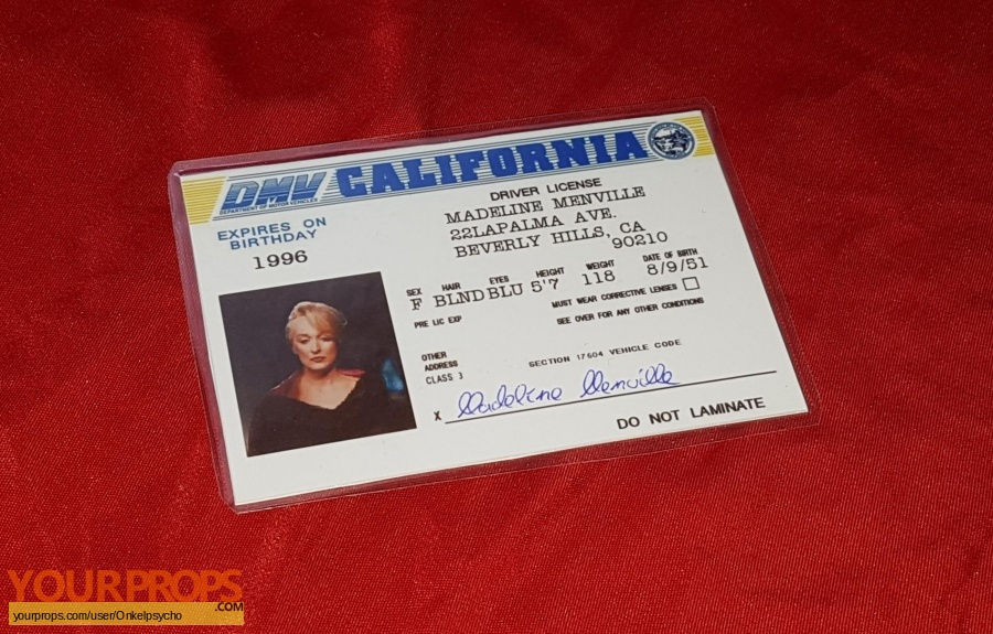 Death Becomes Her replica movie prop