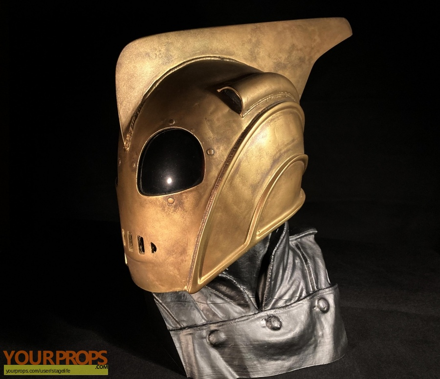 The Rocketeer replica production material