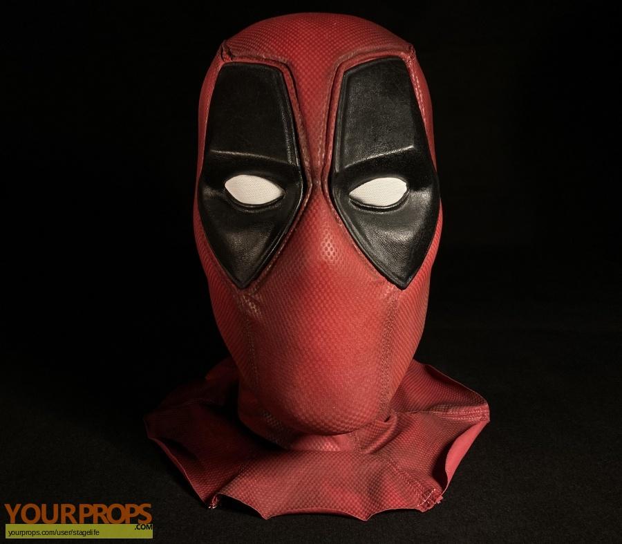 Deadpool replica movie prop