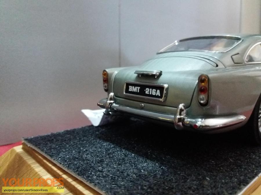 James Bond  Goldfinger replica model   miniature