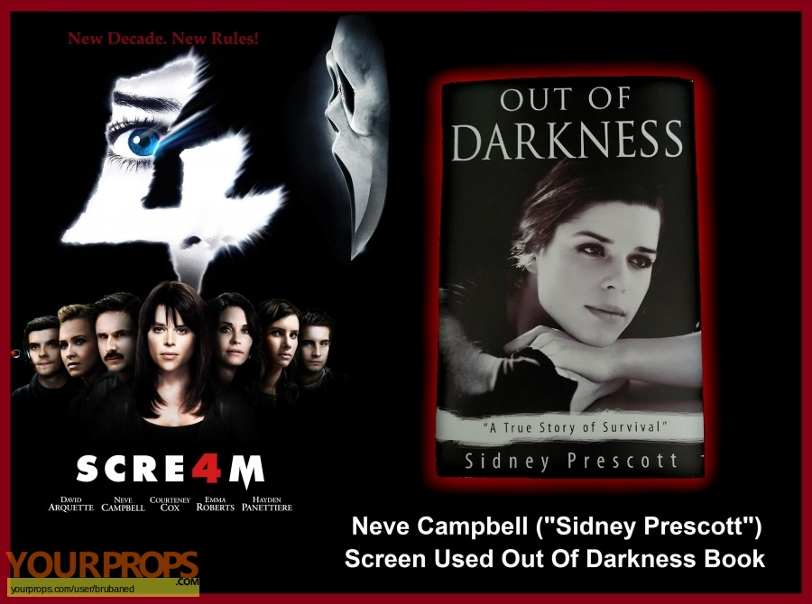 Scream 4   Scre4m original set dressing   pieces