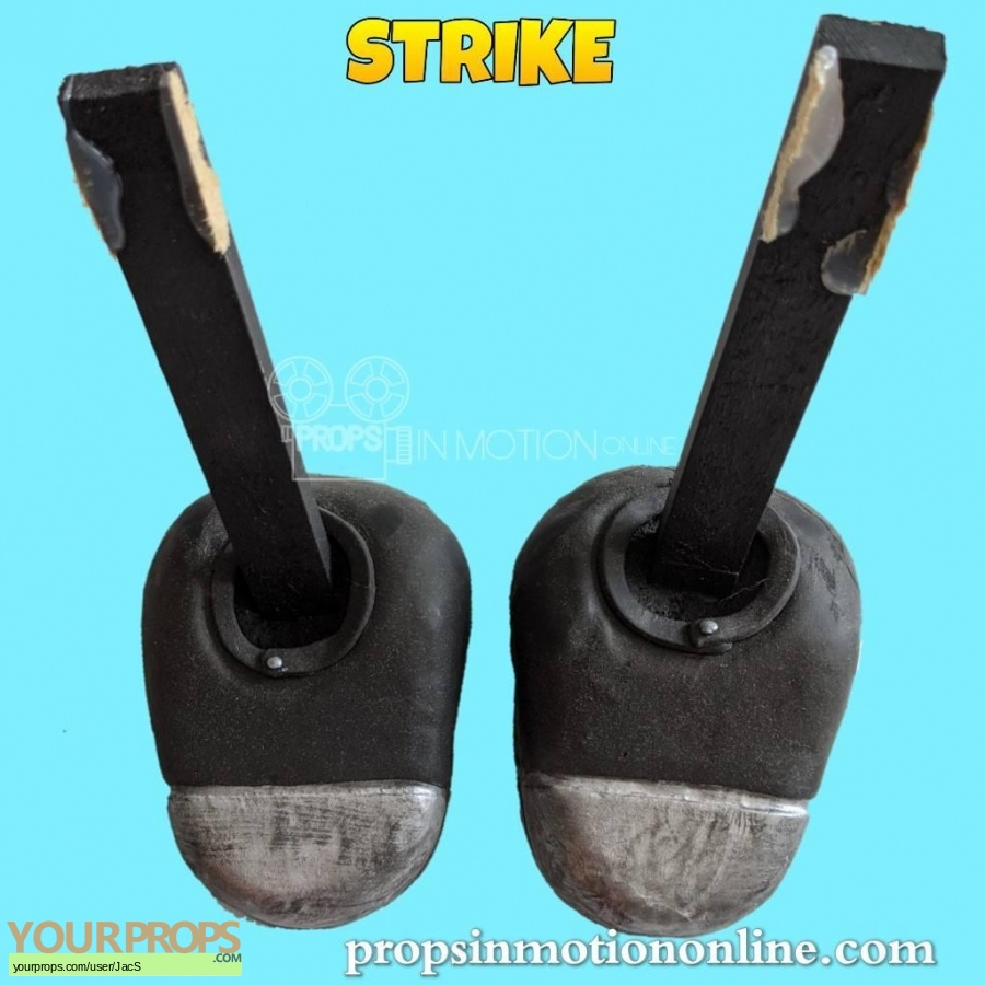 Strike original movie prop