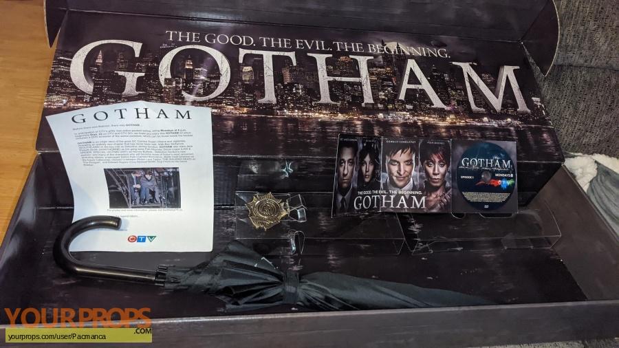 Gotham tv original film-crew items