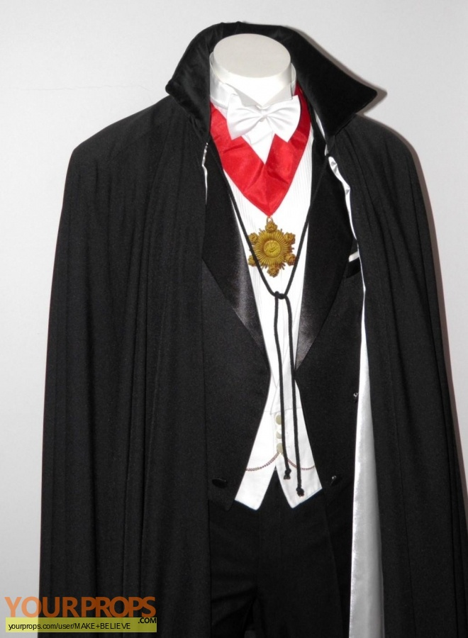 Dracula replica movie costume