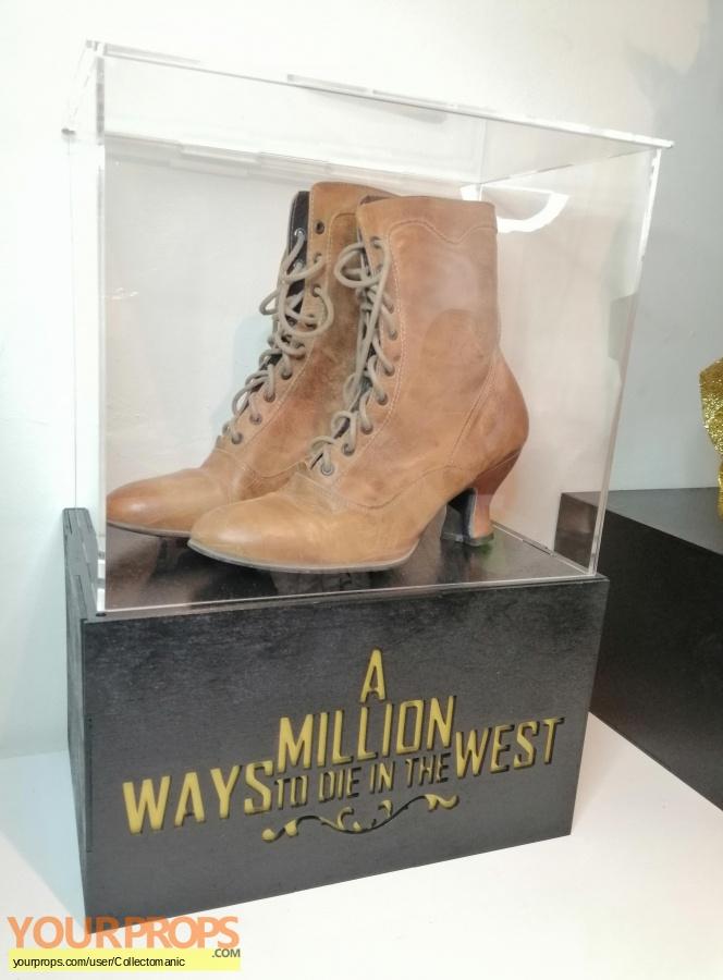A Million Ways to Die in the West original movie costume