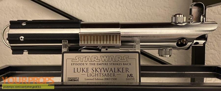 Star Wars Episode 5  The Empire Strikes Back Master Replicas movie prop