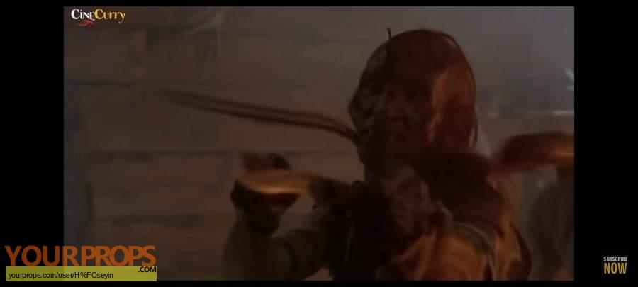 Wrong Turn original movie prop weapon