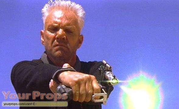 Star Trek  Generations replica movie prop weapon