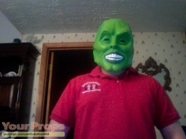 The Mask replica movie costume