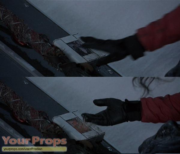 Alien vs  Predator original movie prop