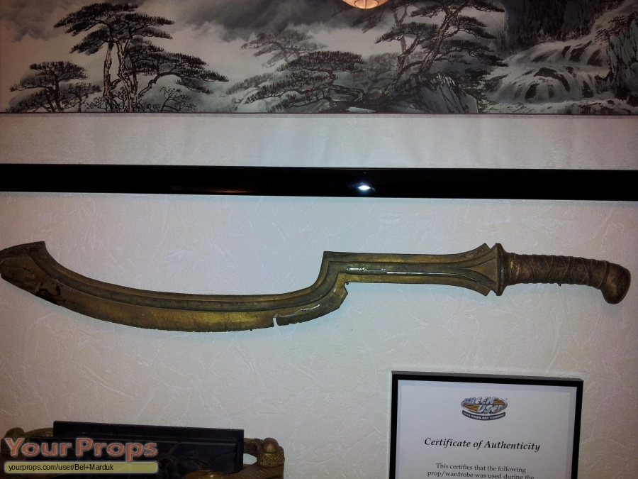 The Mummy Returns original movie prop weapon