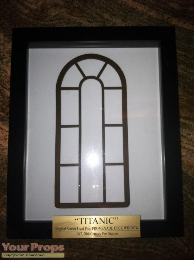 Titanic original model   miniature