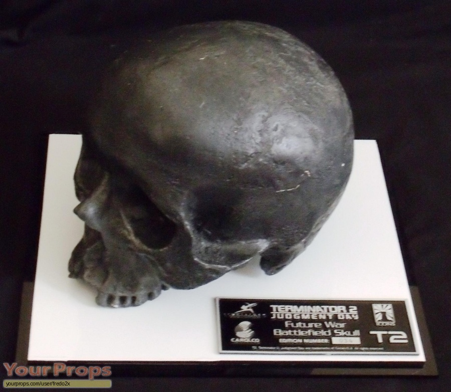 Terminator 2  Judgment Day Icons Replicas movie prop