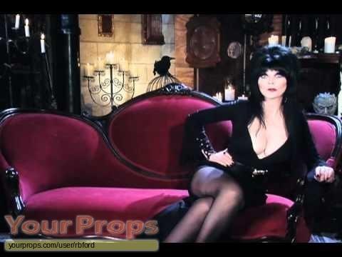 Elviras Movie Macabre original set dressing   pieces