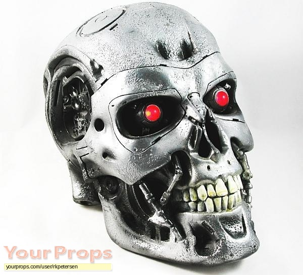 Terminator Salva...T 800 Terminator Skull