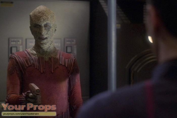 Star Trek  Enterprise original movie prop weapon