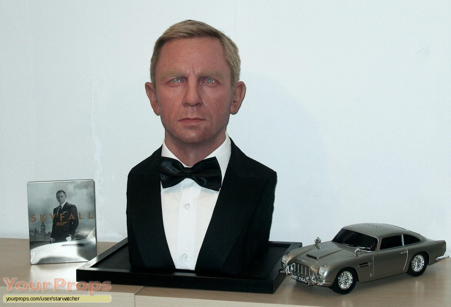 James Bond  Skyfall replica model   miniature