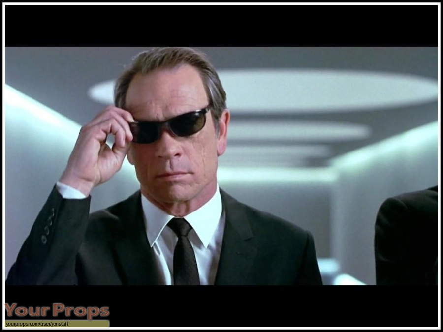 Men in Black original movie costume