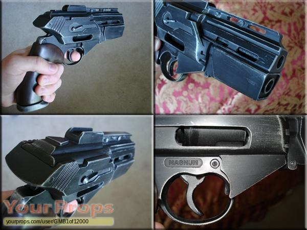 Battlestar Galactica replica movie prop weapon