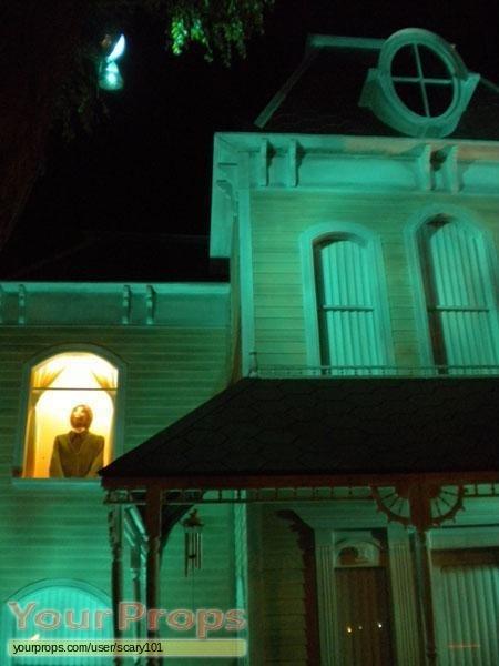 Psycho replica movie prop